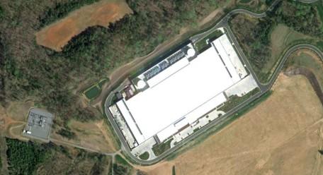 apple icloud data center satellite